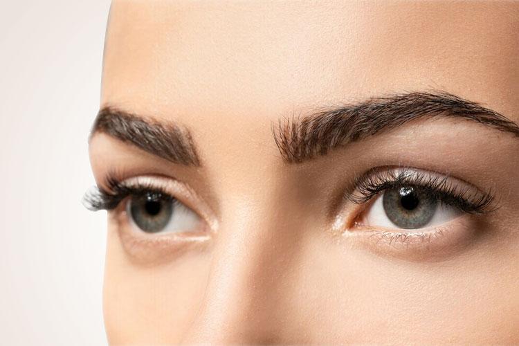 Øjenbrynstransplantation i Tyrkiet